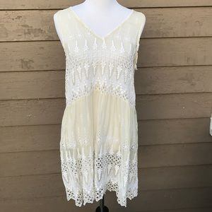 Designer! 4 Love and Liberty adorable lace dress!